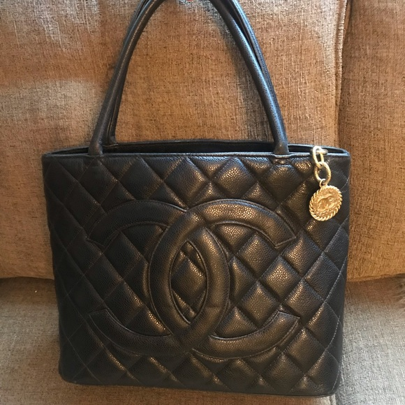 7c0dba3a89f9de CHANEL Handbags - Authentic CHANEL CAVIAR Medallion Tote Black